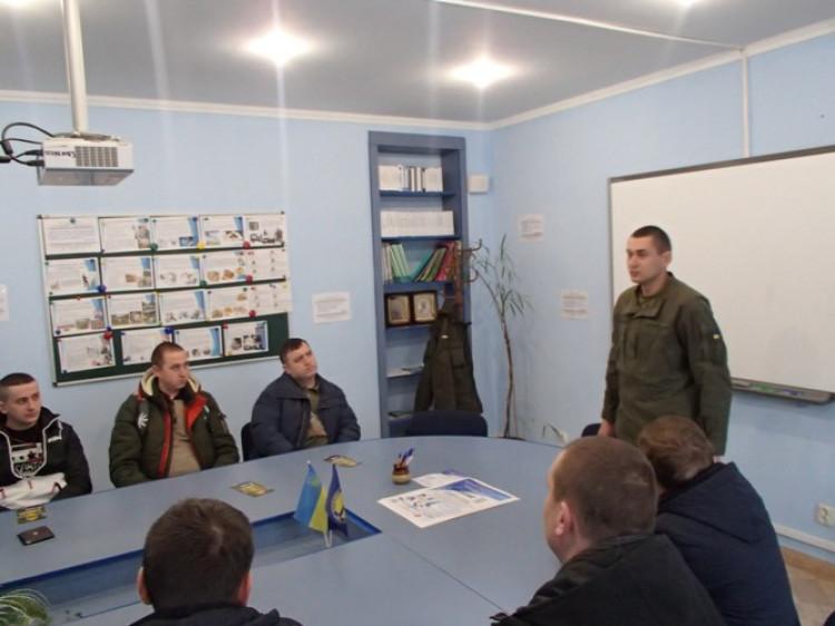 Мешканців Ковельщини запрошують на військову службу за контрактом