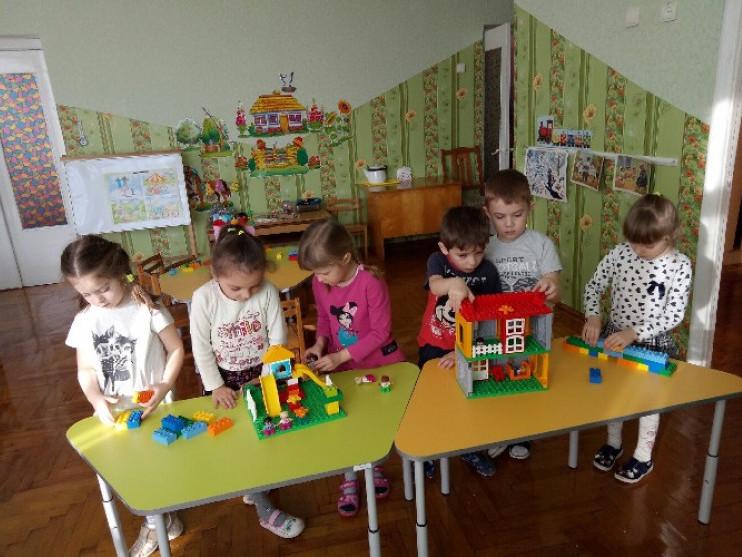 Ковельські дитсадки отримали безкоштовні набори «LEGO»