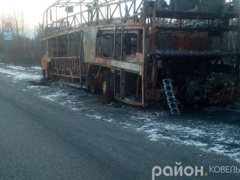 Автобусна зупинка на Ковельщині нагадує прифронтовий Донецьк, – депутат
